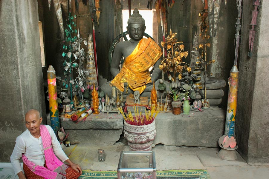Buddhist shrine in Angkor Wat