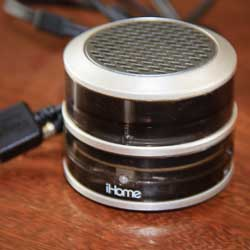 Review: Finally! A Gadget Worth Carrying. iHome Speaker