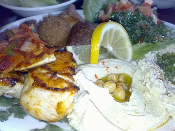 Finding lebanese food and drinks while in dubai for Arabic cuisine in dubai